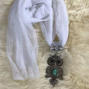 Beautiful Turquoise Owl Pendant White Scarf